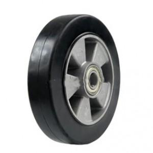 Колесо литое на алюминиевом диске 200 мм